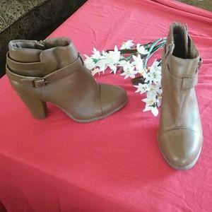 Lauren conrad ankle boots